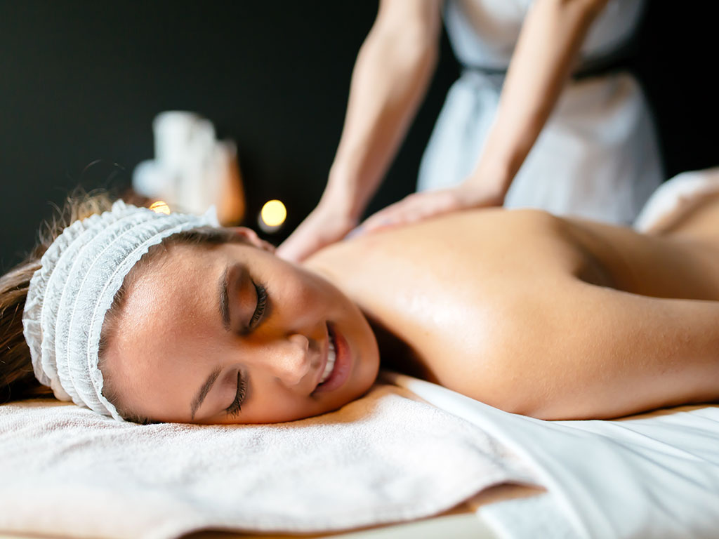 Nowra Remedial Massage - Day Spa in Nowra | Wholistic Health
